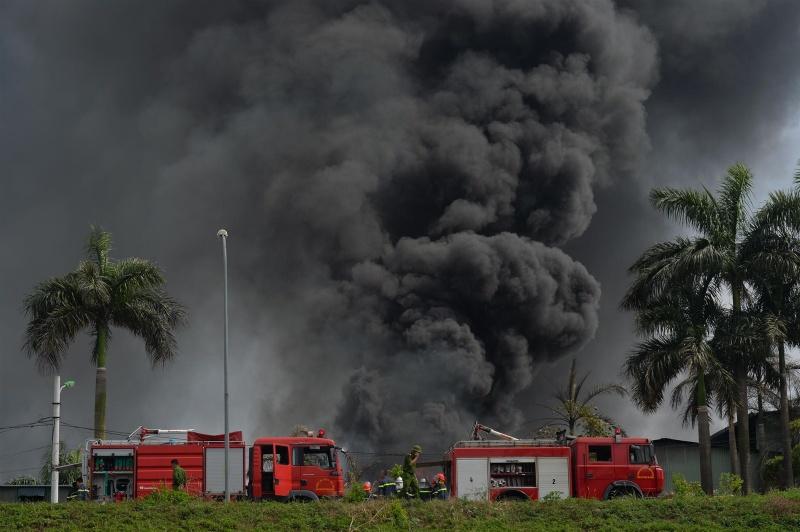 Vụ cháy tại khu cảng Đức Giang không gây thiệt hại về người