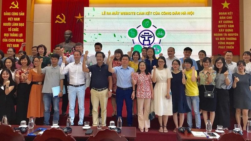 """Ra mắt website """"Cam kết của công dân Hà Nội"""""""