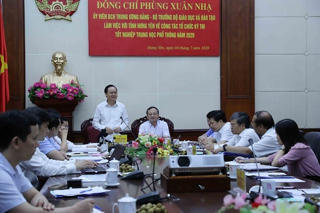 Bộ trưởng Phùng Xuân Nhạ: Nghiêm túc trong mọi khâu Kỳ thi tốt nghiệp Trung học phổ thông