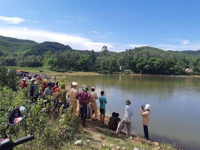 Đắk Lắk: Ngã xuống hồ nước, hai bé gái đuối nước