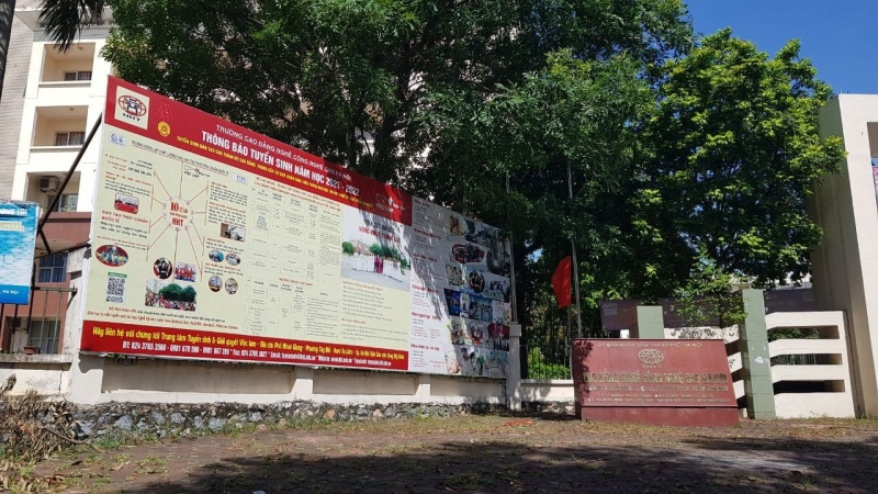 Mô hình 9+ của Trường Cao đẳng nghề Công nghệ cao Hà Nội: Rầm rộ tuyển sinh dù chưa được cấp phép?
