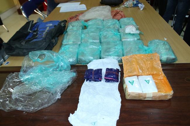 Lào Cai bắt 3 đối tượng, thu giữ 84.800 viên ma túy tổng hợp