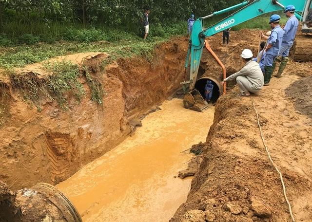 Đường ống nước sông Đà liên tục gặp sự cố