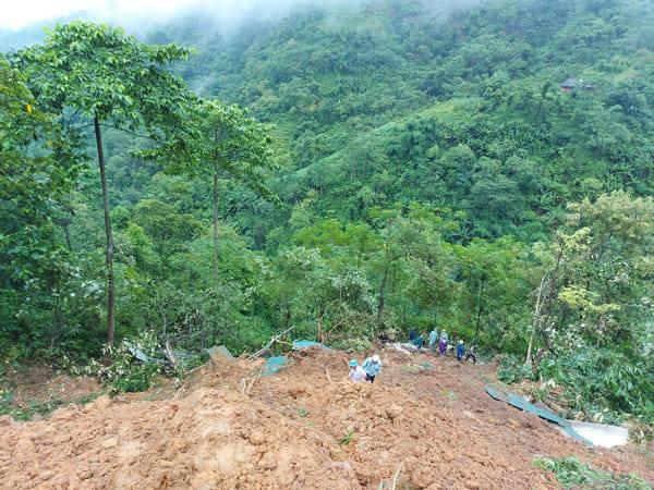 Lào Cai: Sạt lở đất khiến hai người tử vong