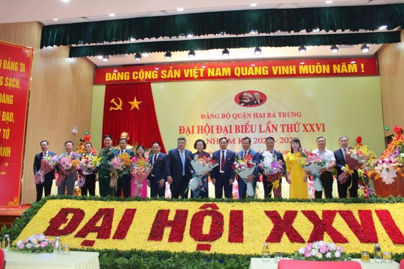 Đồng chí Nguyễn Văn Nam tái đắc cử là Bí thư Quận Hai Bà Trưng nhiệm kỳ 2020-2025