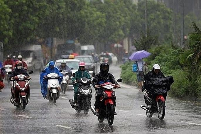 Nhiều nơi tiếp tục có mưa to, đề phòng lốc, sét, mưa đá và gió giật mạnh