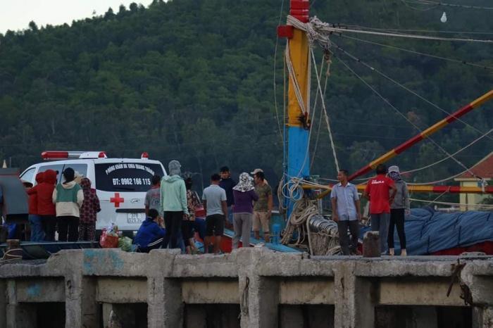 Nghệ An: Đứt dây tời tàu cá, một ngư dân tử vong