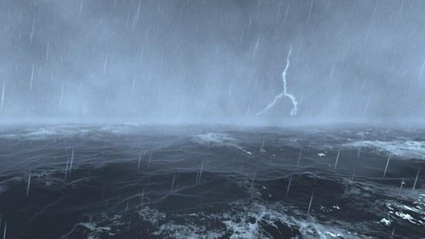 Vùng biển đề phòng lốc xoáy, gió giật mạnh về đêm