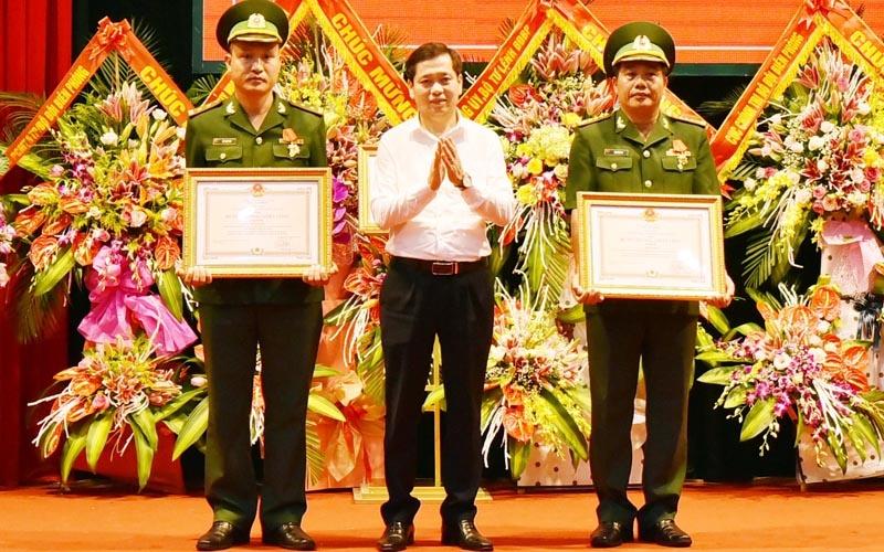 Bộ đội Biên phòng Lạng Sơn đón nhận Huân chương Chiến công hạng Nhì