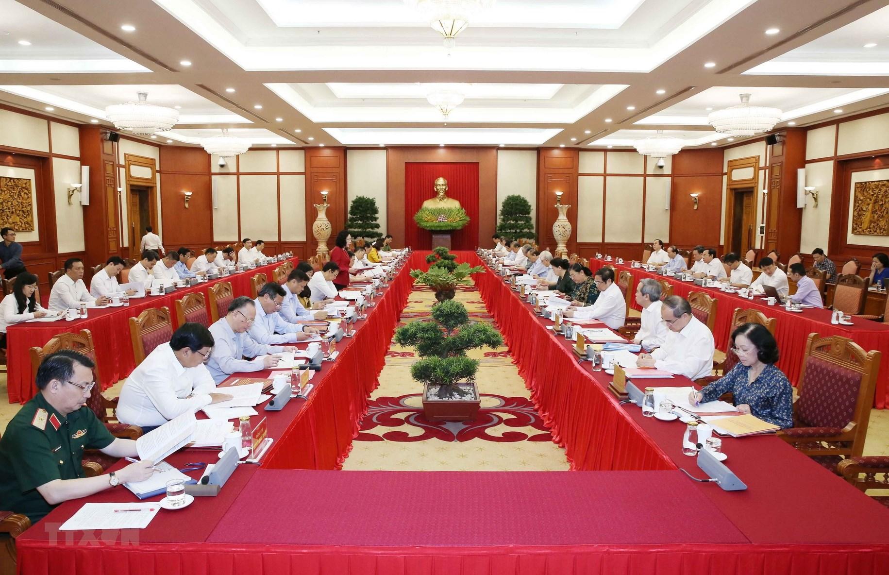 Bài học kinh nghiệm từ Đại hội đảng bộ cấp trên cơ sở của thành phố Hà Nội