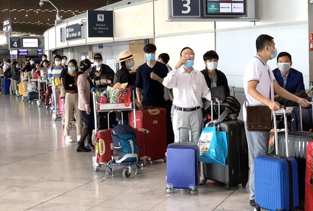 Đưa hơn 340 công dân Việt Nam từ châu Âu, châu Phi và Nam Mỹ về nước