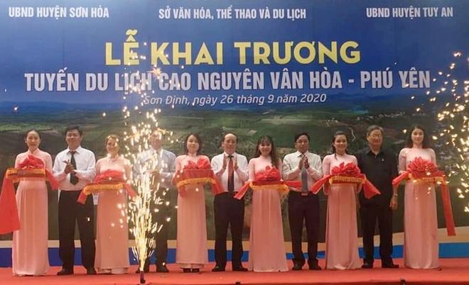 Phú Yên khai trương tuyến du lịch cao nguyên Vân Hòa