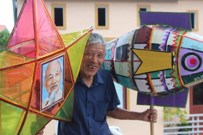Người 30 năm giữ nét đẹp của đèn Trung thu truyền thống ở Hà Tĩnh