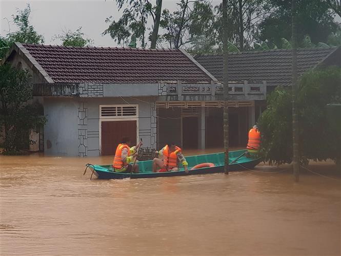 Lũ vượt lịch sử, kích hoạt cảnh báo cấp độ rủi ro thiên tai do lũ, ngập lụt, lũ quét, sạt lở đất cấp 4