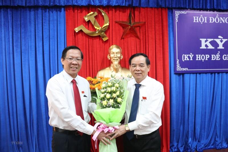 Ông Trần Ngọc Tam được bầu giữ chức Chủ tịch UBND tỉnh Bến Tre, nhiệm kỳ 2016-2021