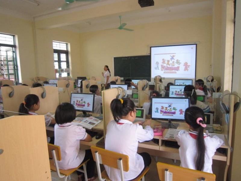 Đẩy mạnh ứng dụng công nghệ thông tin trong giáo dục