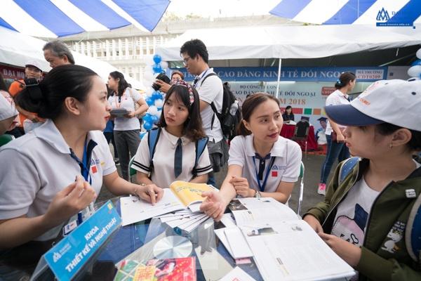 Tư vấn nghề nghiệp cho học sinh: Đồng hành để đạt hiệu quả cao