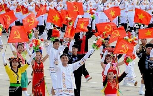 Chủ tịch Quốc hội Nguyễn Thị Kim Ngân dự Ngày hội Đại đoàn kết toàn dân tộc tại ấp Sóc Chà B, tỉnh Trà Vinh