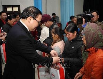 ha noi danh gan 380 ty dong tang qua cac doi tuong chinh sach dip tet nguyen dan 2020