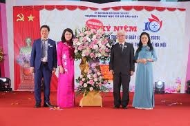 Trường THCS có tỷ lệ đỗ trường chuyên cao nhất Hà Nộilong trọng tổ chức kỷ niệm 10 năm thành lập