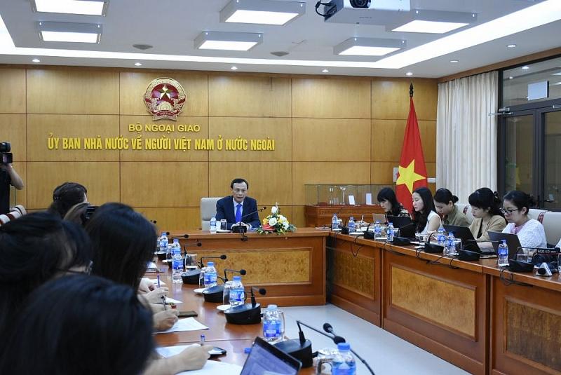 Củng cố niềm tự hào dân tộc trong mỗi người Việt Nam ở nước ngoài