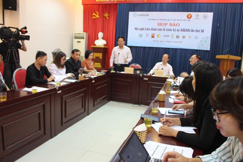112 kỹ sư Việt được nhận chứng chỉ kỹ sư chuyên nghiệp ASEAN