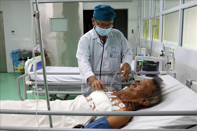 Phẫu thuật cứu sống bệnh nhân cao tuổi bị thủng tim, nguy cơ tử vong cao