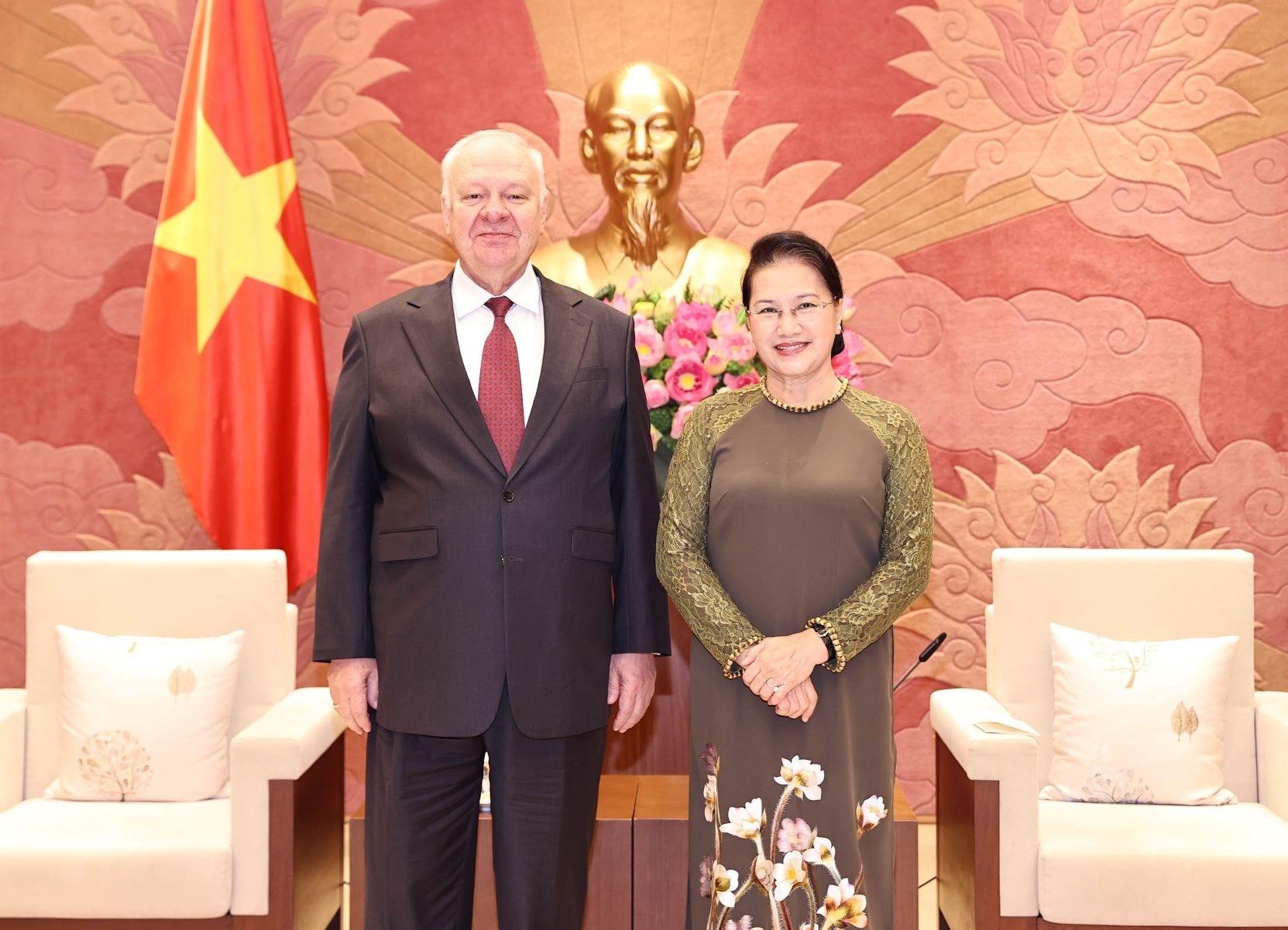 Chủ tịch Quốc hội Nguyễn Thị Kim Ngân tiếp Đại sứ Liên bang Nga