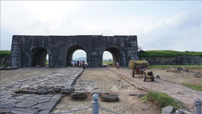 Đầu tư gần 15 tỷ đồng tu sửa cấp thiết tường thành Di sản văn hóa thế giới Thành Nhà Hồ