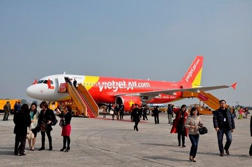 """Tháo gỡ """"nút thắt"""" hàng không để tăng trưởng khách quốc tế"""