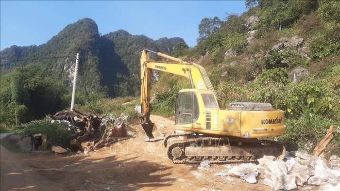 Một người tử vong do đá lăn trúng tại mỏ khai thác đá
