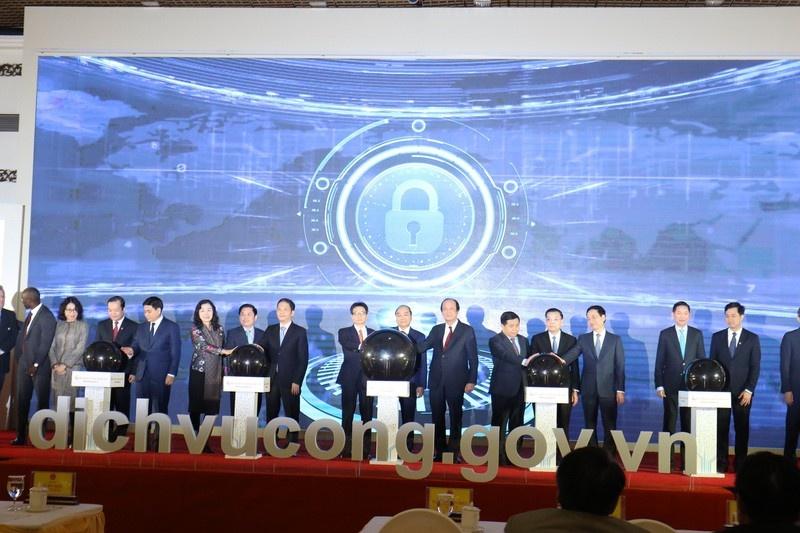 Thủ tướng Nguyễn Xuân Phúc dự Lễ khai trương Cổng Dịch vụ công quốc gia