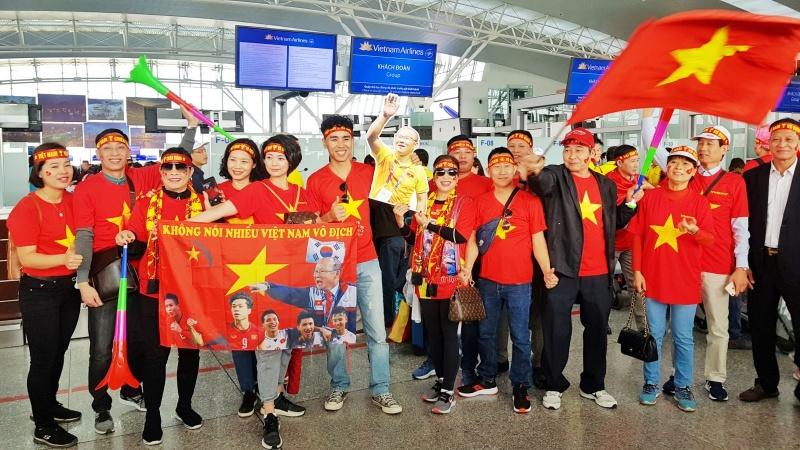 SEA Games 30: Người hâm mộ hào hứng sang Philippines 'tiếp lửa' cho đội tuyển U22 Việt Nam