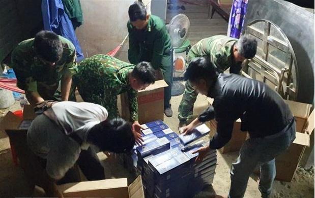 Triệt phá đường dây buôn lậu thuốc lá điếu ngoại từ Campuchia về Việt Nam