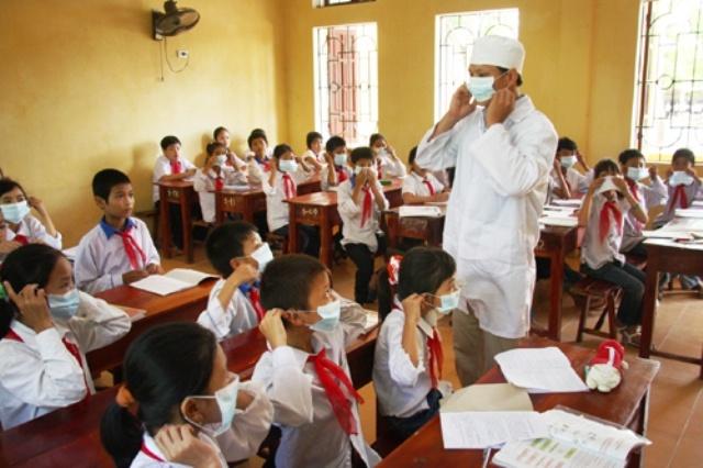Khó khăn trong bố trí nhân lực và chi trả kinh phí cho y tế học đường - Thực tế tại Nghệ An