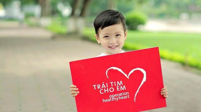 """Gần 5.200 trẻ em được phẫu thuật tim miễn phí từ chương trình """"Trái tim cho em"""" """
