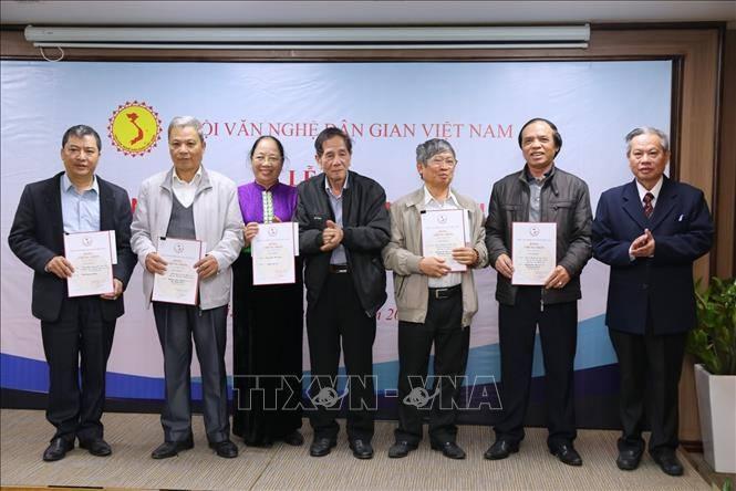 vinh danh 61 cong trinh van nghe dan gian xuat sac nam 2019