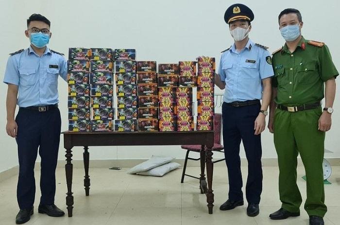 Liều lĩnh chở 70kg pháo từ Quảng Trị về Nghệ An