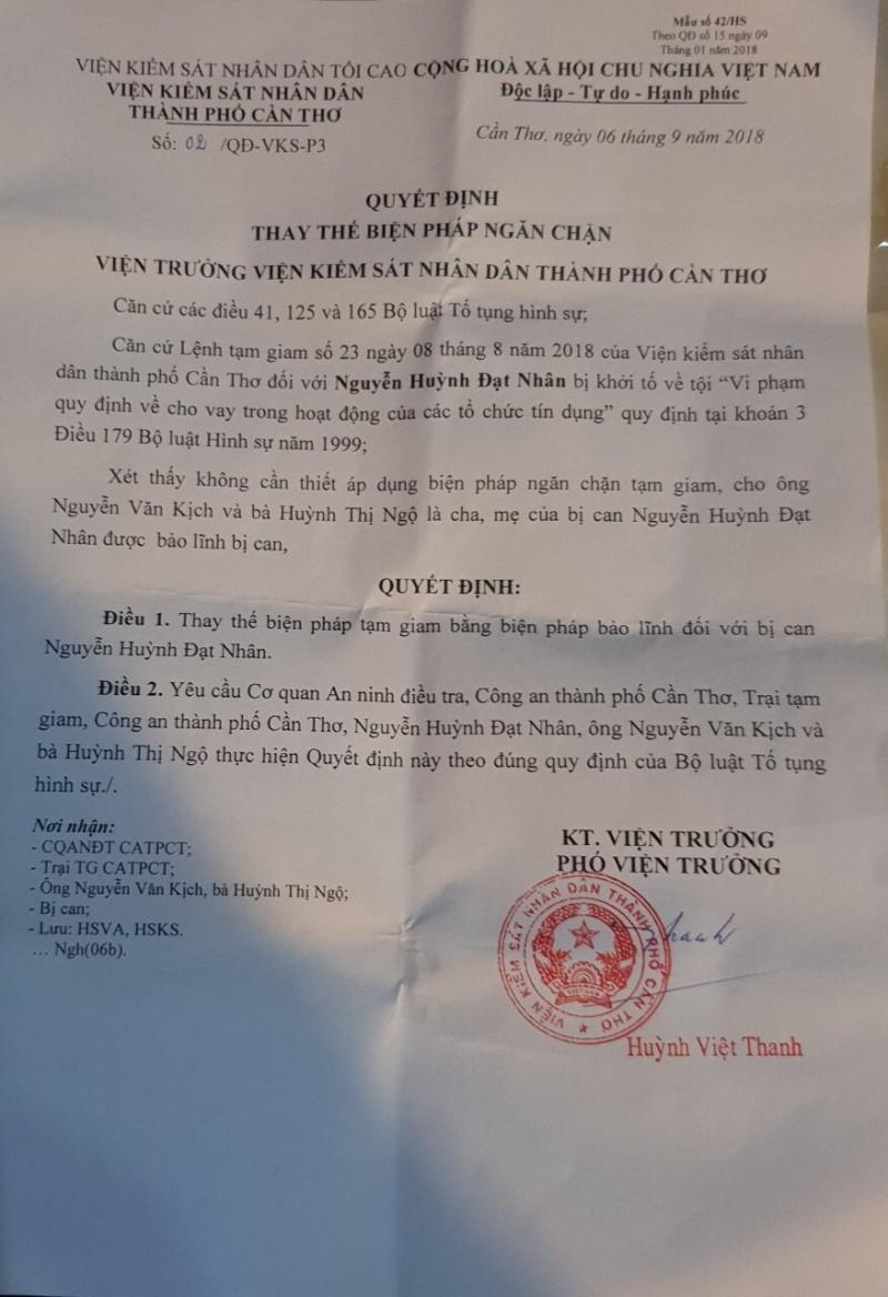 Nguyễn Huỳnh Đạt Nhân đã được tại ngoại,đã có quyết định tạm đình chỉ điều tra vụ án hình sự và tạm đình chỉ điều tra bị can