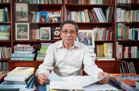 Các nhà khoa học phản đối việc điều chuyển Viện trưởng Viện Ngôn ngữ học
