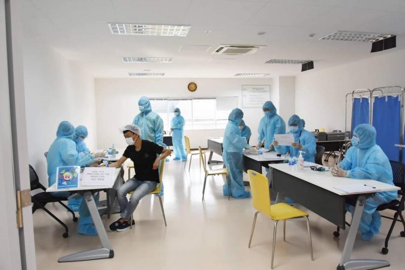 TP.HCM tiêm chủng vacxine Covid-19 cho 10 nhóm đối tượng ưu tiên với hơn 2,3 triệu người