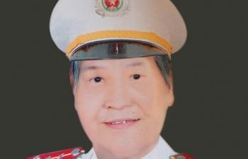 chuyen doi cam dong cua mot nu can bo diep bao