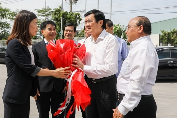 nguyen chu tich nuoc truong tan sang tham cong ty cach am cach nhiet phuong nam
