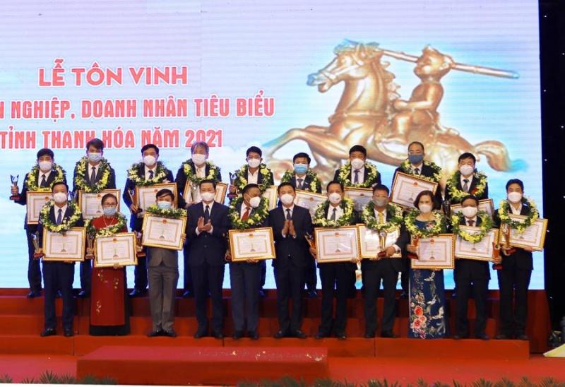 Thanh Hóa vinh danh các doanh nhân tiêu biểu năm 2021