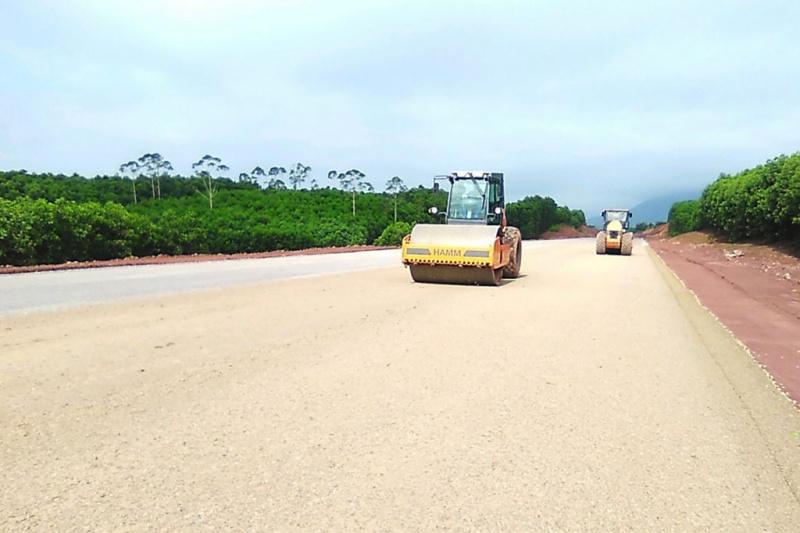Quảng Ninh: Tạm thời cấm đường để thi công cao tốc Tiên Yên - Móng Cái