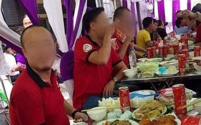 vua co quy dinh khong uong ruou bia khi lai xe da xuat hien ngay 1 dam cuoi chi dai khach bang nuoc ngot