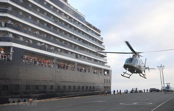 Một hành khách trên du thuyền mới cập cảng Campuchia nhiễm covid-19