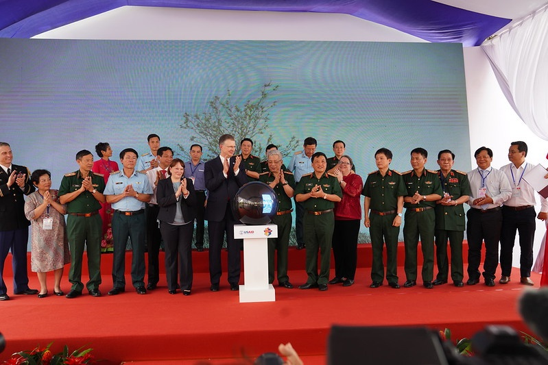Các học giả Việt Nam nhận thêm 3 khoản tài trợ nghiên cứu khoa học của Hoa Kỳ