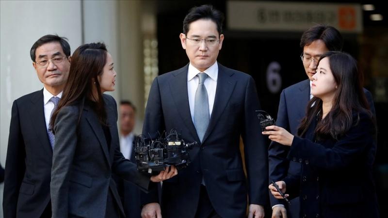 Phó Chủ tịch Samsung lĩnh án 30 tháng tù