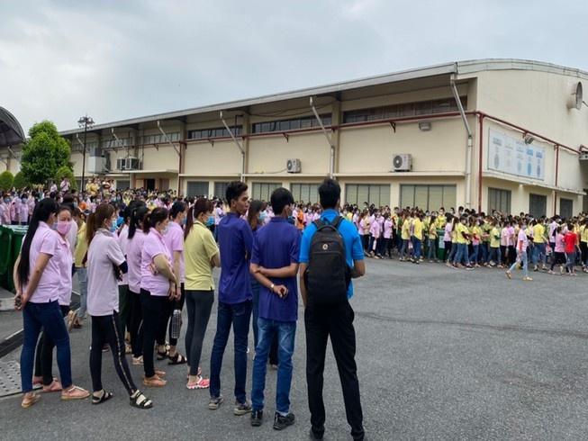 Hàng ngàn công nhân Công ty túi xách Simon bãi công tập thể